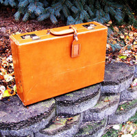 vintage leather cognac briefcase. removable portfolio. genuine cowhide. made by Rexfile. fall fashion