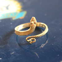 VTG PINKY RING Sexy Goth Gold Snake Ring