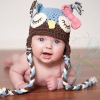Newborn to 3 months Sleepy Owl Hat/Detachable Bow or Flower blue/brown/cream Original Design