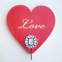 Heart Shaped Single Coat Rack Cottage Chic Style