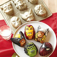 Nordic Ware &lt;i&gt;Marvel&lt;/i&gt; &amp;#8482; Cakelet Pan
