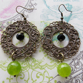 Czech filigree earrings, green quartz earrings, vintage style jewels, bronze jewelry, dangle earrings, uk gemstone jewellery, italian jewels