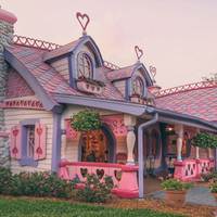 The Real Barbie House!