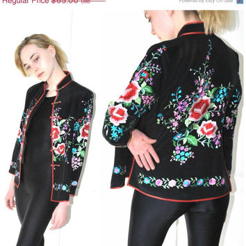 On Sale vintage ASIAN silk embroidered jacket CHEONGSAM small black floral fitted BOHEMIAN jacket small
