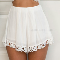 Steal The Show Short | Xenia Boutique