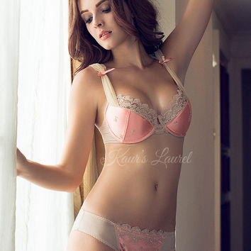 Gwen Satin & Tulle Lightly Lined Bra Set