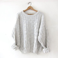 vintage speckled off white sweater. loose knit sweater. slouchy boyfriend sweater.