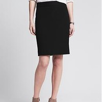Sloan-Fit Pencil Skirt