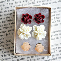 3 winter post earrings. gift set. flowers.