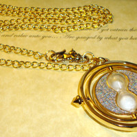 Harry Potter Time Turner Necklace with Crookshanks by RazaelsLair