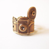 Picture This Steampunk Retro Camera Ring by bellamantra