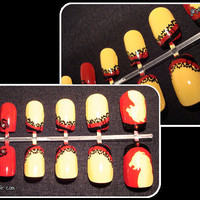 Harry Potter Gryffindor Nail Set by jihyeleeart on Etsy