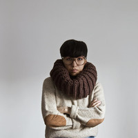 The Extra Large Cozy in Walnut Shell