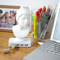 Aphrodite USB Hub