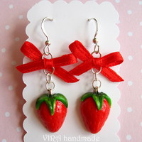 Kawaii Cute Realistic Strawberry Wi.. on Luulla