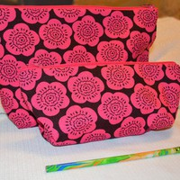 Bag Set in Bright Pink and Brown Floral Print Zippered Lined