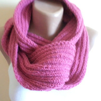 Knitting scarf, Women Scarf, Rose Color, 2013 Trends, Holiday gifts. fashion scarf