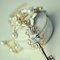 Key Pearl Sweet Lovely Necklace, Ho.. on Luulla
