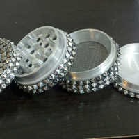 Two-tone Metal Spike 4 Piece herb grinder