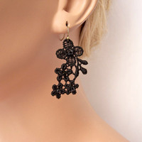 Daisy lace earrings black beaded