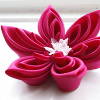 Fuchsia Pink Fascinator, Fuschia Wedding Headpiece - Bridal Fascinator - Kanzashi Flower
