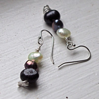 Downton Abbey Halloween Costume Pearl Dangle Earrings - Vintage  - Sterling Silver, Freshwater pearls
