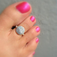 Toe Ring, Round Metal Silver Bead, Glass Seed Bead Toe Ring