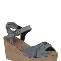 Pebble Point Wedge | Mod Retro Vintage Wedges | ModCloth.com