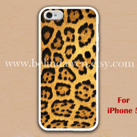 iPhone 5 Case, Leopard Decal iphone 5 case, Leopard Decal graphic iphone 5 case