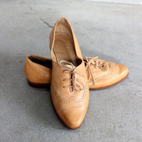 VTG Oxfords Leather Flats Women's Lace Up Shoes Size 7 1/2 Tan