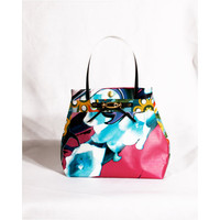 Funky Printed Purse eco Fashion Recycled plastic Bag Scandinavian design candy Love