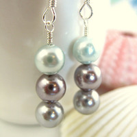Triple gray pearl dangle earrings