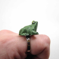 green frog ring - animal jewelry