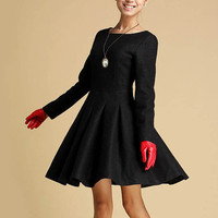 Black wool-blend flared dress (352)