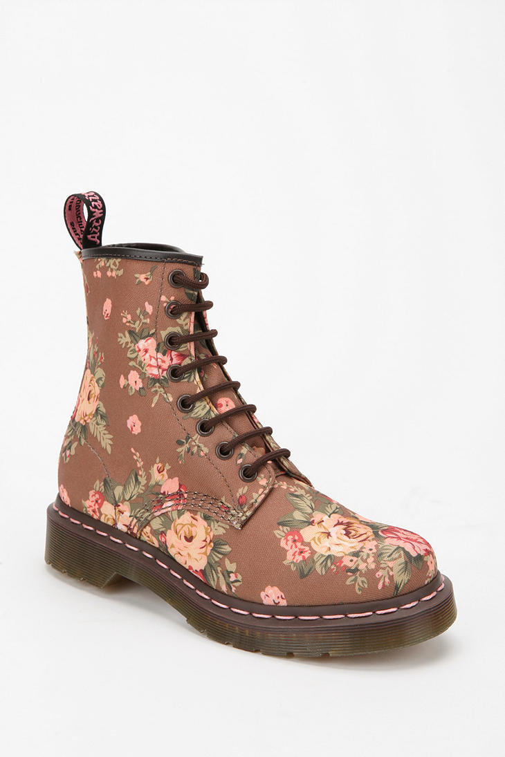 dr martens floral 1460 lace up boot from urban outfitters. Black Bedroom Furniture Sets. Home Design Ideas
