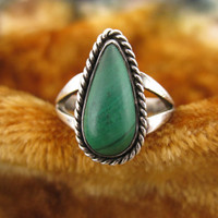 Ring - Size 5 3/4 - Sterling Silver - Malachite Ring - Teardrop Shape - Green Stone - Thin Band Ring