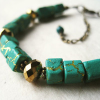 Teal Bracelet Geometric Bracelet, Cubic Bracelet Green and Gold Bracelet. Metallic Gold Jewelry. Southwestern Jewelry. Desert Crackle Beads.