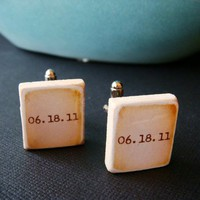 Wedding Date Custom Groom Cufflinks by TippyTumble on Etsy