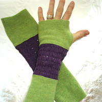 Wool fingerless gloves, Upcycled arm warmers, Running Sleeves, made from recycled purple and green