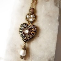 Brass Heart Locket Necklace by Aranwen on Etsy