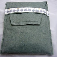 Ipad Cover - Grey Felt With Bicycle.. on Luulla
