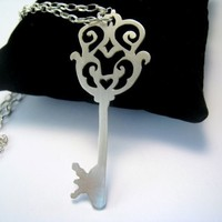Victorian Style Skeleton Key Necklace