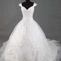 A-line Scoop Sleeveless Wetteau Train Satin Organza Wedding Dress With Applique Beading Free Shipping