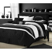Walmart: LaCozee Leopard Oversized Comforter Set in Black