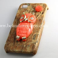 owl iphone 4 case, owl iphone case, cute owl charm brown color iPhone 4 case,  iPhone 4s Case, iPhone 4 Hard Case