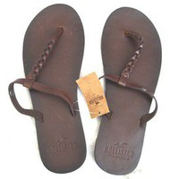 ONE PAIR BRAND NEW HOLLISTER WOMEN LEATHER SANDALS FLIP FLOPS XS(6-7)