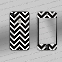 Iphone 4 4s Skin - Chevron Black and White Pattern