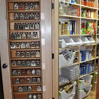 organizational things / Love the spice rack on the door!