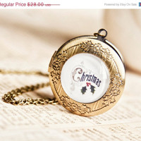 ON SALE Christmas locket - Party garland pendant - Christmas collection - Free Worldwide Shipping - Gift for HER under 25 Usd