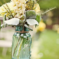 Wedding / Mason Jars, Wires, Hooks and flowers = aisle decoration
